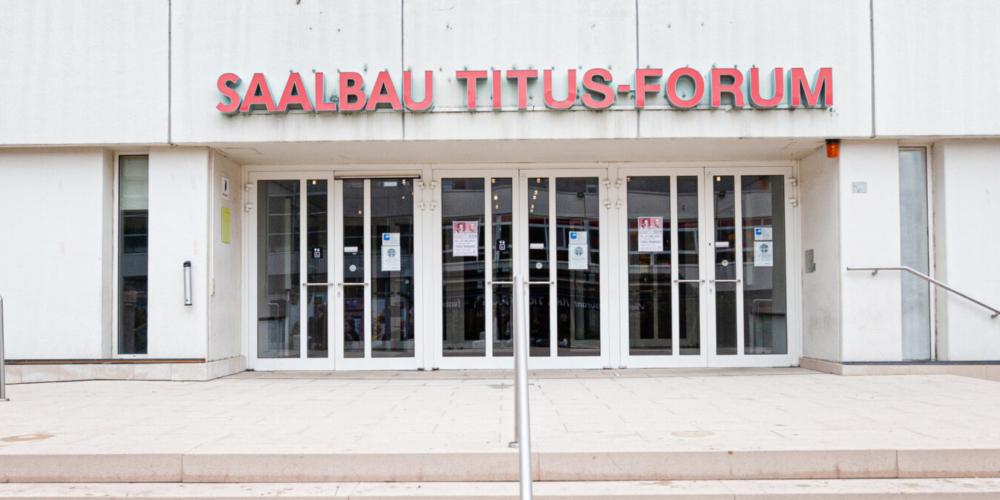 SAALBAU Titus Forum